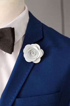 116 best lapels for suits images on pinterest man fashion men white lapel rose pin mens lapel flower stick pin white lapel boutonniere lapel boutonniererustic wedding boutonnniere elegant pin mightylinksfo