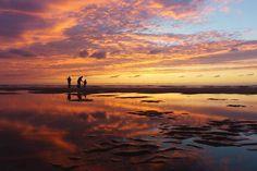Het rijtje van Boeksz is vandaag samengesteld door Ingrid Heijnekamp van @inky66 .... ik woon mijn hele leven al op maximaal 10 km afstand… Clouds, Celestial, Sunset, Outdoor, Instagram, Outdoors, Sunsets, Outdoor Games, Outdoor Life