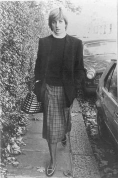 November 10, 1980: Diana leaving work for the day.
