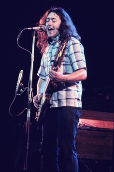 Rory Gallagher at Hammersmith Odeon Rock Music, My Music, Rory Gallagher, That One Person, My Generation, Light Of My Life, Beautiful Soul, Make Me Smile, Blues