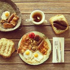 Today I was supposed to fly to UK but for some twist of fate my journey was cancelled. So here's the British breakfast I had planned to have, only in 1:12 #miniature #englishbreakfast #disappointed #handmade #trytocheerup #fimofood