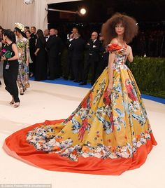 Go big or go home... The 20-year-old singer and actress wore her hair big and frizzy to th...