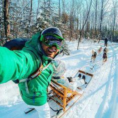 Snow Day in Quebec -  Canadá ❄ 📷: @djisupertramp . Tag #selfiepelomundo and follow these pages to increase your features : @vocenomundo @fantrip . . #greatesttravels #ig_captures #trip #wanderlust #instatravel #fantrip #fullfotos #goproselfie #goprohero #goprosnow #goprohero4 #viajar #luxurytravel #lpfanphoto #viagem #peoplewhodofunstuff #bucketlist #nosnatrip #canada #turisteando #dicasdeviagem #tonoadorofarm #topview #amazingtrip #destinavo #luxwtprime #bbctravel #niceshot