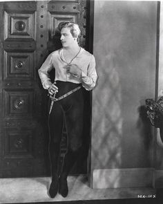 John Barrymore photographed on the set of Don Juan by Madison Lacy, 1926 Hollywood Theater, Old Hollywood Movies, Hollywood Actor, Vintage Hollywood, Classic Hollywood, Barrymore Family, John Barrymore, Silent Film Stars, Movie Stars