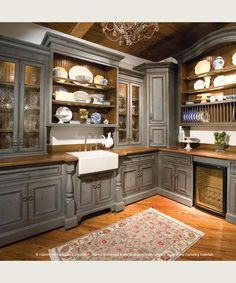 English Country Elegance, The prettiest kitchen ever