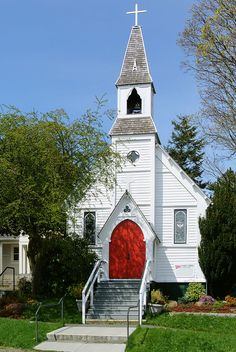 Paul's Episcopal Church, built in 1868 in Gothic Revival style, located in Port Townsend, WA, listed on the National Register of Historic Places. Old Country Churches, Old Churches, Church Pictures, Jesus Pictures, Westerns, Take Me To Church, Cathedral Church, Church Architecture, Church Building