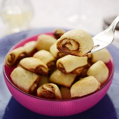 Mini Cinnamon Rolls - no yeast, no kneading, no proofing, no special pan needed, ready in minutes