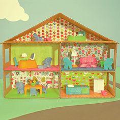 House & Carton: DIY cardboard dollhouse and furniture from an egg carton Cardboard Dollhouse, Cardboard Toys, Diy Dollhouse, Girls Dollhouse, Doll Furniture, Dollhouse Furniture, Building Furniture, Playhouse Furniture, Diy Playhouse