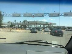 Multiple lane border crossing from US to Mexico