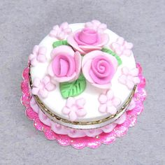 1:12 Polymer clay Dolls house miniature cake pretty little pink flowers Dollhouse miniature food. $10.00, via Etsy.