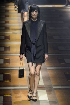 Lanvin Spring 2015 Ready-to-Wear Collection  - ELLE.com