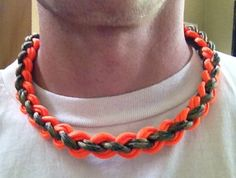 paracord 850 necklace Getting my redneck on with this double wide paracord 850 survival necklace