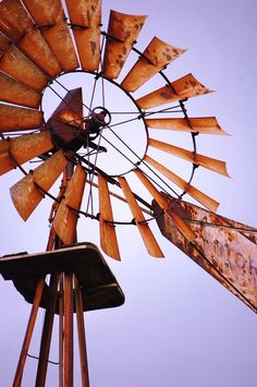 Windmill Photograph - Rusted In The Past by Jame Hayes Farm Windmill, Windmill Art, Old Windmills, Water Mill, Country Scenes, Le Far West, Water Tower, Old Barns, Le Moulin
