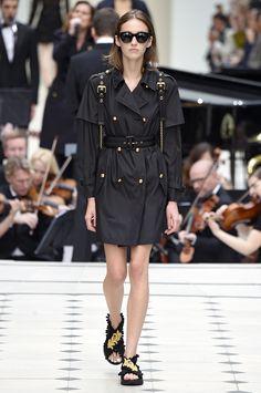 Burberry Prorsum, P-E 16 - L'officiel de la mode