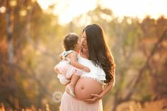 the most perfect maternity photo of expecting mom holding big sister who is 3 years old. I love maternity pictures. Photos by Stevie Cruz Newborn Baby Photos, Pregnancy Photos, Newborn Photography Studio, Anaheim Hills, Pregnant Mom, Maternity Photographer, Beautiful Family, Maternity Pictures, 3 Years