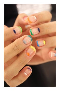 Looking for some elegant negative space nail art designs and ideas? If you want to find a new look in this season, then try some negative space nails. Negative space refers to the area around the object, which is the focus of a particular image. Minimalist Nails, Cute Nails, Pretty Nails, Nail Art Designs, Nails Design, Striped Nail Designs, Popular Nail Designs, Hair And Nails, My Nails