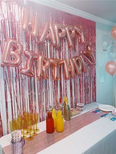 Happy Birthday Decor, 18th Birthday Party Themes, Birthday Ideas For Her, Birthday Goals, Birthday Balloon Decorations, Birthday Party For Teens, 22nd Birthday, Birthday Cake, Decoration Evenementielle