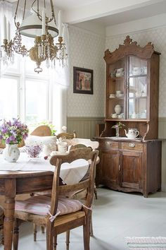 Cosy Decor, Vintage Interiors, Scandinavian Home, Cottage Homes, Home Fashion, Beautiful Homes, Decoration, Kitchen Design, Sweet Home
