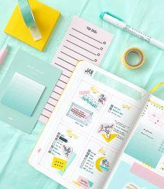 Cute pastel color bujo spread by ig@sleepychi. Bullet journaling inspiration.