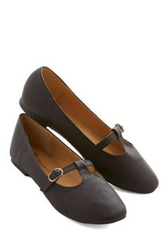 Composing Lines Flat in Black. Take a walk around the block in these black flats to garner poetic inspiration! #black #modcloth
