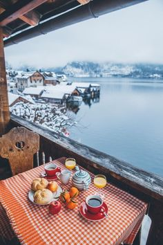 Hallstatt, Austria - by Madeline Lu Lum Adeline Stay: Bräu Gasthof Hotel - Viagem - Travel Places To Travel, Travel Destinations, Places To Go, Best Places In Portugal, Hotel Austria, Hallstatt, Travel Tags, Travel Info, Travel Ideas
