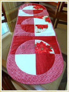 Caminho de mesa em patchwork Círculos e Flores