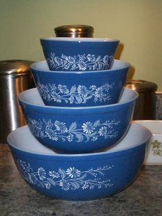 Rare Pyrex ALL BLUE Colonial Mist Mixing Bowl by thetrendykitchen, $95.00