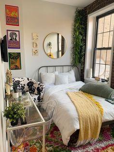 Room Design Bedroom, Room Ideas Bedroom, Bedroom Decor, Study Room Decor, Bedroom Inspo, Room Ideias, Aesthetic Bedroom, Dream Rooms, My New Room