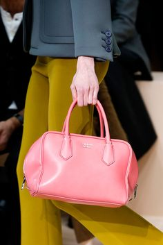 See all the Details photos from Prada Autumn/Winter 2015 Ready-To-Wear now on British Vogue Prada Candy, Prada Handbags, Prada Bag, Chain Shoulder Bag, Small Shoulder Bag, Women's Crossbody Purse, Milano Fashion Week, Milan Fashion, Fashion Bags