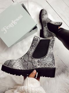 Black likes animal print but does not not wearing boots. Hopefully these cute shoes will get her out of her comfort zone. Sock Shoes, Cute Shoes, Me Too Shoes, Edgy Shoes, Dream Shoes, Crazy Shoes, Slip On Boots, Shoe Boots, Dress Boots