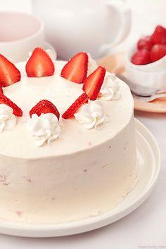 Strawberry Shortcake by peachjuice.deviantart.com on @DeviantArt