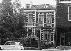 De villa van Rijkoompje ofwel de Bernhard van Kreelpoort in vroegere jaren. Utrecht, Multi Story Building, Villa, Street View, Museum, Fork, Villas, Museums