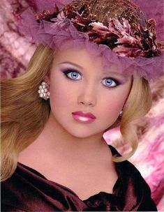 Toddlers and Tiaras Universal Royalty | Glitz T - toddlers and tiaras Photo (33446460) - Fanpop fanclubs