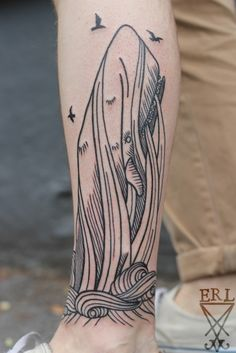 woodcut style tattoo, very nice, moby dick wouldn't be my first choice of subject matter though :P