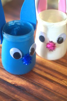 Fox and Bunny Jars Kids Craft and Tumble Leaf Spring-a-ling Surprise Coming Apr. 4 - Two Kids and a Coupon Cute Kids Crafts, Easy Easter Crafts, Easy Crafts, Projects For Kids, Diy For Kids, Foam Crafts, Paper Crafts, Crafts With Glass Jars, Pipe Cleaner Crafts