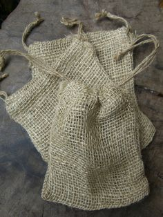 Burlap Bags 5x6 Size Drawstring (pkg 12 bags) $6.99 pkg / 3 pkgs for $6 pkg give away bags or kid packages