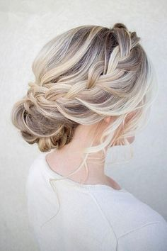 gorgeous wedding updo ideas for every bride