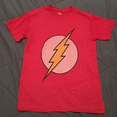 The Flash Men's graphic t-shirt (Worn twice) size Small #DCComics #GraphicTee