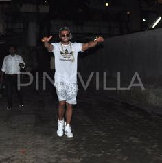 Ranveer Singh Spotted In A Quirky Avatar Outside Sanjay Leela Bhansali's Office | PINKVILLA