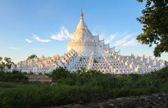 The Road to Mandalay - Burma - http://www.lifeisaticket.com/portfolio/road-mandalay-burma/