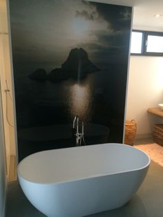 Foto op plexiglas - www. Bathtub, Bathroom, Places, Photos, Bath, Deco, Standing Bath, Washroom, Bath Tub