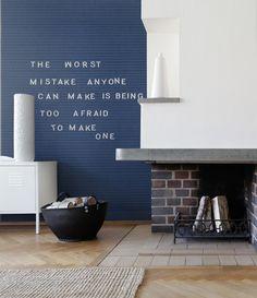 Versier de gang met de namen van alle gezinsleden, hang in de keuken je favoriete recepten aan de muur en waarom zou je de woonkamer niet opfleuren met een persoonlijk citaat op de muur? Voor 1 studio-uur schrijft Mr Perswall jouw woorden op het bord.
