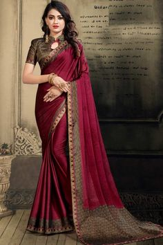 Wine Color chiffon saree with black jacquard blouse. Embellished with beads work embroidery. Saree with, Key Hole Neck, Half Sleeve. It comes with unstitched blouse. Trendy Sarees, Stylish Sarees, Chiffon Saree, Silk Sarees, Saris, Stylish Blouse Design, Indian Beauty Saree, Indian Sarees, Sari Blouse Designs