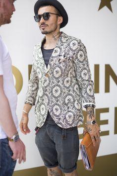 Galeria de Fotos Os looks de street style da temporada masculina Verão 2016 // Foto 168 // Notícias // FFW
