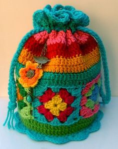 Groovy Textiles: Crochet Dilly Bag: free pattern