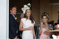 celebrities at the races. Shane Warne, Elizabeth Hurley and Sarah Jessica Parker