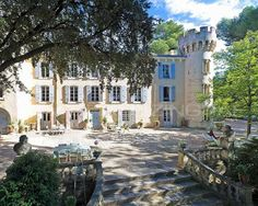 Splendid vineyard 40 min away from Aix-en-Provence. The most exquisite place to enjoy Provence!  #Vineyard #Chateau #France