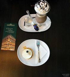Are you a chocolate lover? I recommed you this chocolaterie called Fassbender&Rausch Chocolatiers and it is situated near Gendarmenmark square in Berlin. Chocolate Dreams, Chocolate Lovers, Germany Travel, Berlin, Tourism, Awesome, Tableware, Turismo, Dinnerware