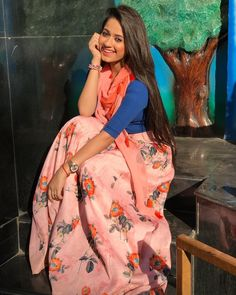 Here is Jannat zubair tik tok star biography and jannat zubair biodata including jannat zubair age, netwoth, BOYFRIEND, and family details Indian Dresses, Indian Outfits, Stylish Dresses, Casual Dresses, Pakistani Fashion Casual, Cute Stars, Girl Photography Poses, Photoshop Photography, Cute Girl Photo