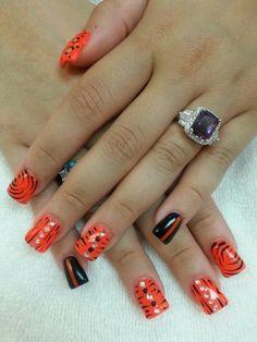 Happy nails salon, nails design